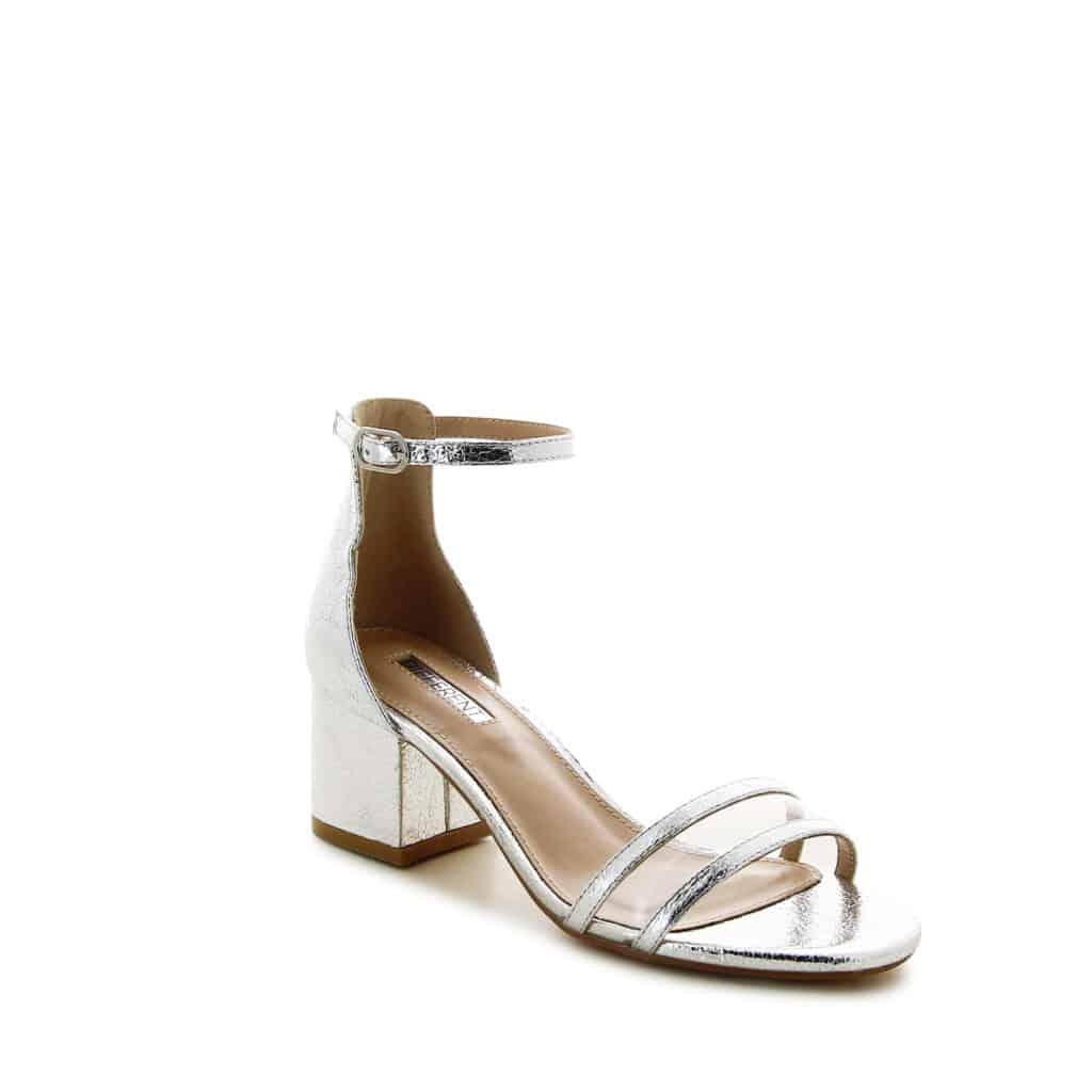 נעליים וכפכפים אופנה לנשים דוסיז צרכנות