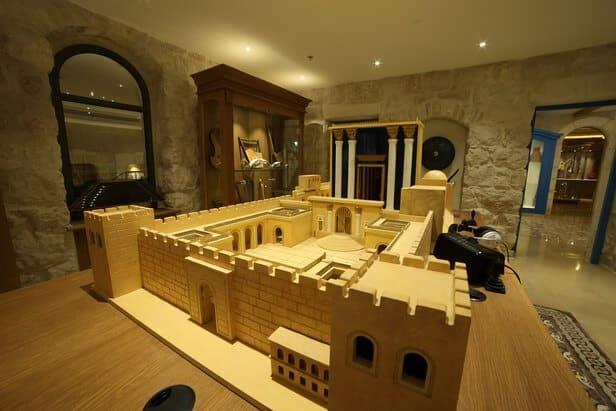 דגם בית המקדש מוזיאון המוזיקה דוסיז צרכנות