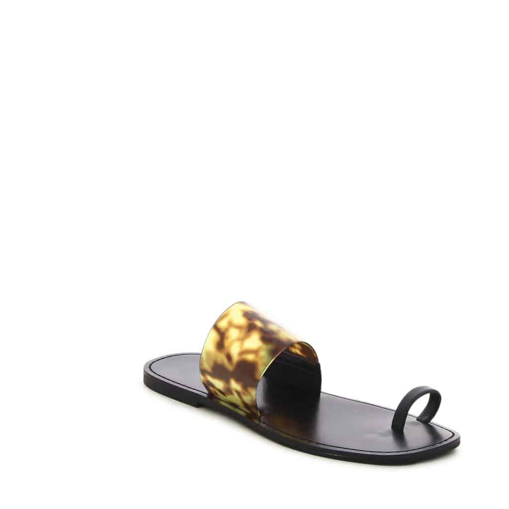 דוסיז צרכנות נעלי בית