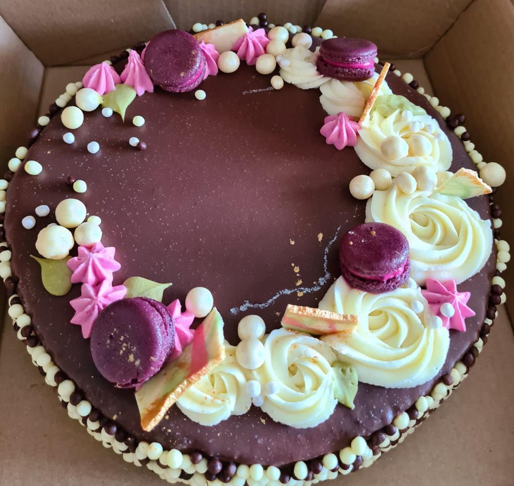 מתכון לעוגת יום הולדת באדיבות סיון בייקרי. סקירה דוסיז צרכנות