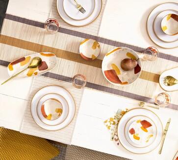 שולחן חג קלאסי לבן או שולחן חג צבעוני. סקירה דוסיז צרכנות