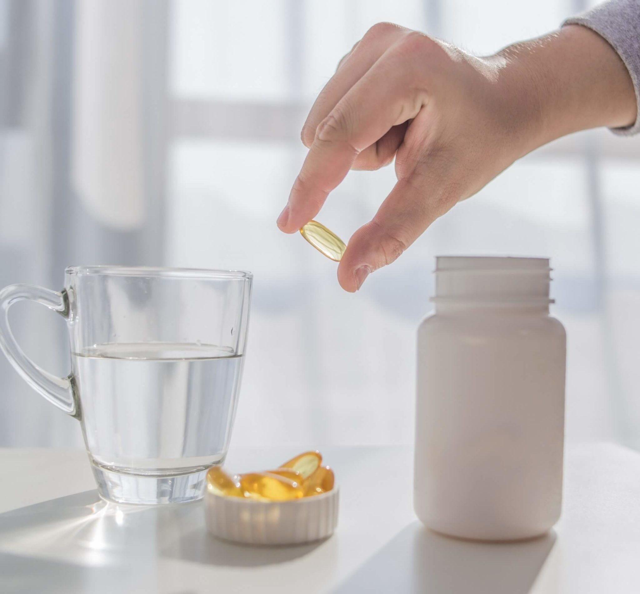 הפכו ליועצי הבריאות של עצמכם: משתמשים בתוספי תזונה? כך תעשו זאת נכון. סקירה דוסיז צרכנות