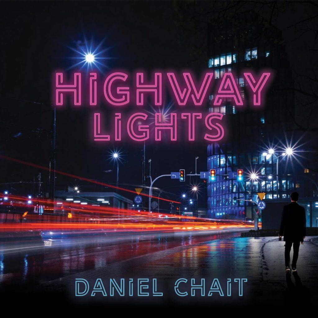 """״דניאל צ׳ייט, נכדו של הרב ברוך חייט, יוצא עם סינגל חדש, ״Highway Lights"""". סקירה דוסיז צרכנות"""