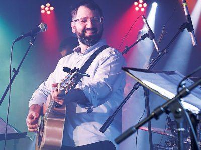נעים להכיר: הזמר והיוצר גיל ישראלוב בסינגל