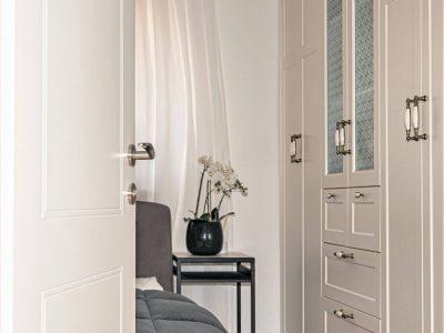 דלתות שקטות של חמדיה צלם אלי גרוס