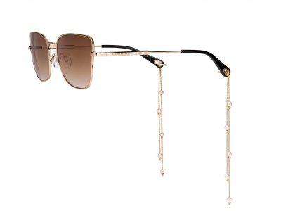 קרולינה למקה משקפי עגילים צילום קרולינה למקה יחצ | סקירה