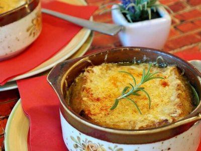 טוסט גבינה קראנצ'י מלחם פשתן - טעים מאוד במרק חורפי, חם ומנחם. סקירה דוסיז צרכנות